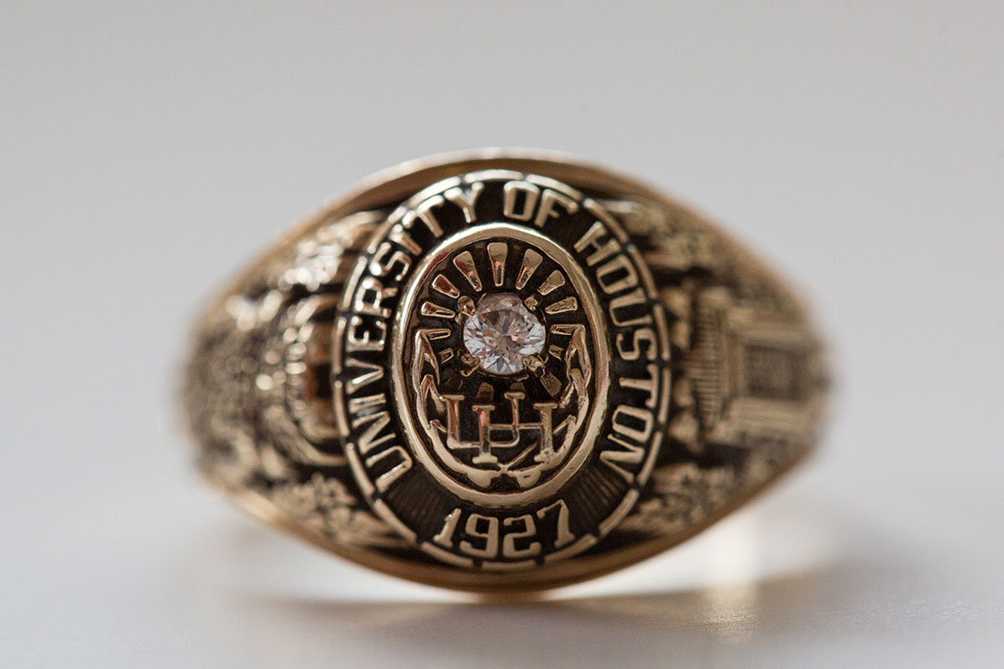 UH Class Ring